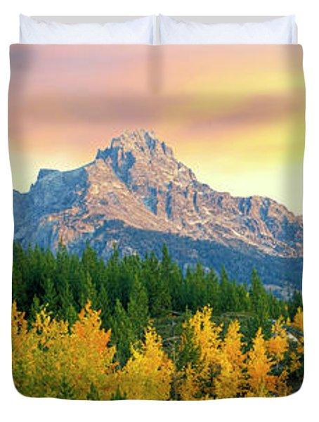 Sunrise Over Mountain Range, Teton Duvet Cover