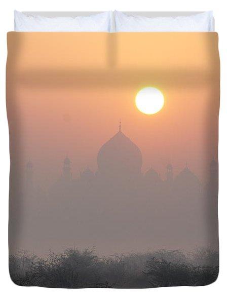 Sunrise Over The Taj Duvet Cover