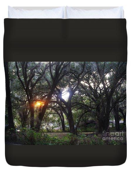 Sunrise Through The Oaks Duvet Cover