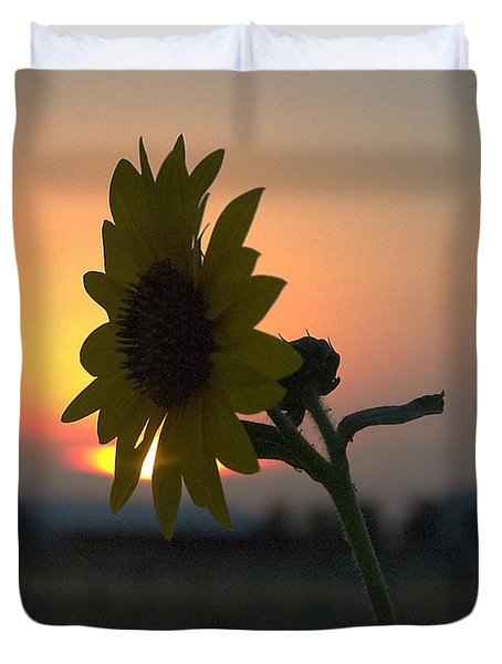 Duvet Cover featuring the photograph Sunset And Sunflower by Mae Wertz