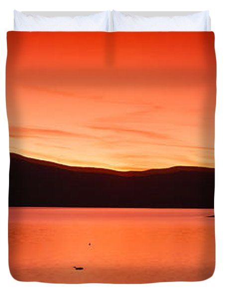 Sunset At Ashokan Reservoir, Catskill Duvet Cover