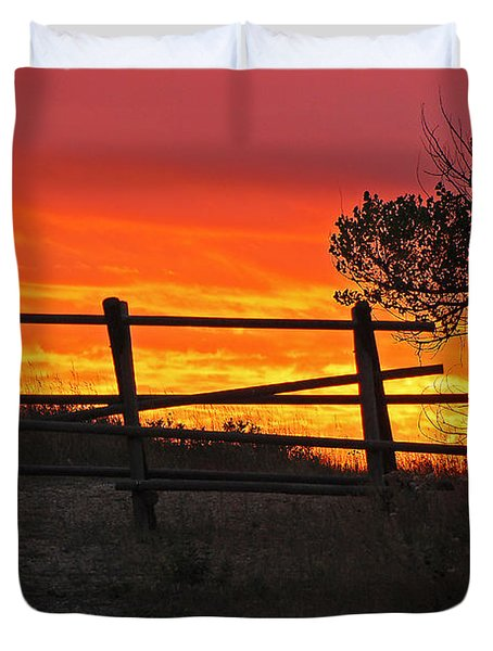 Sunset At Bear Butte Duvet Cover by Mary Carol Story