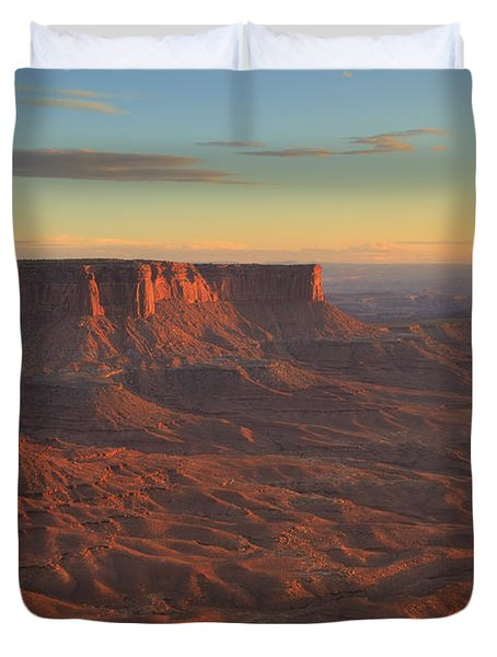 Duvet Cover featuring the photograph Sunset At Canyonlands by Alan Vance Ley