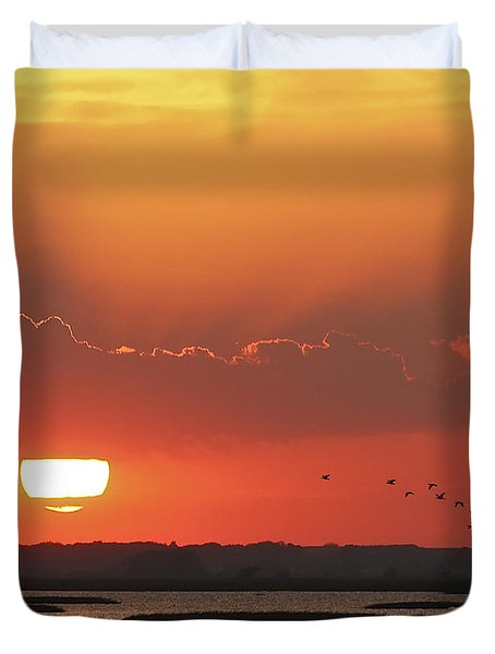 Sunset At Cheyenne Bottoms Duvet Cover