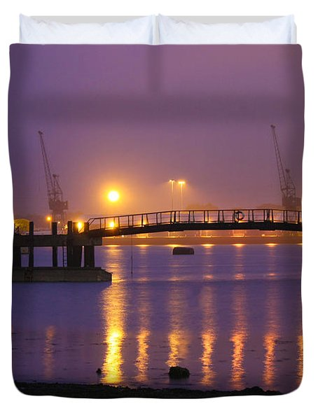 Sunset At Southampton Docks Duvet Cover by Terri Waters
