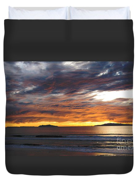 Sunset At The Shores Duvet Cover