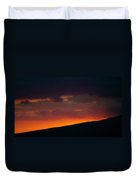 Sunset Beyond The Waianae Mountain Range Duvet Cover
