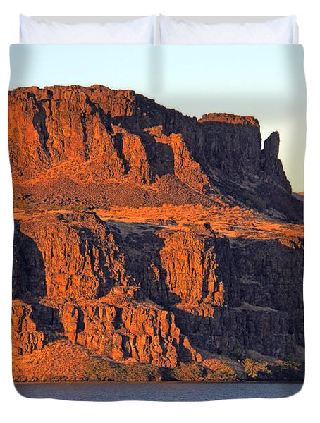 Duvet Cover featuring the photograph Sunset Cliffs At Horsethief  by Talya Johnson