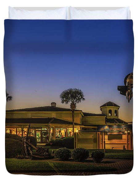 Duvet Cover featuring the photograph Sunset Diner by Paula Porterfield-Izzo