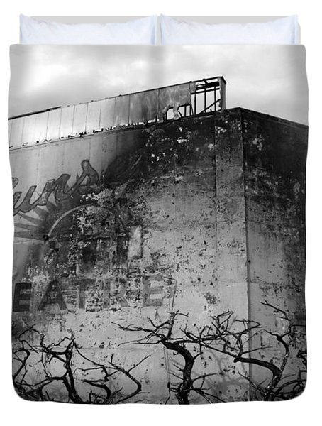 Duvet Cover featuring the photograph Sunset Drive-in by Tarey Potter