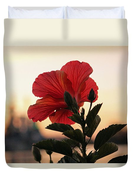 Duvet Cover featuring the photograph Sunset Flower by Cynthia Guinn