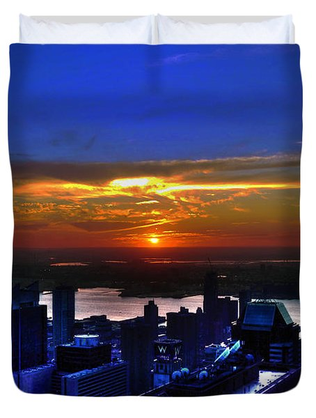 Sunset From The Empire State Building Duvet Cover by Randy Aveille