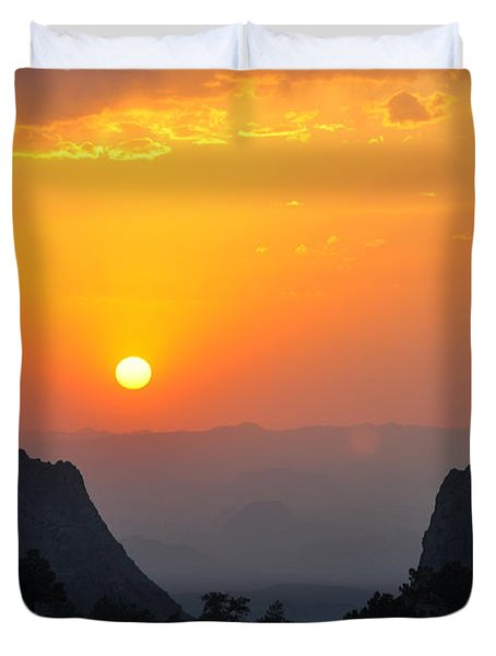 Sunset In Big Bend National Park Duvet Cover