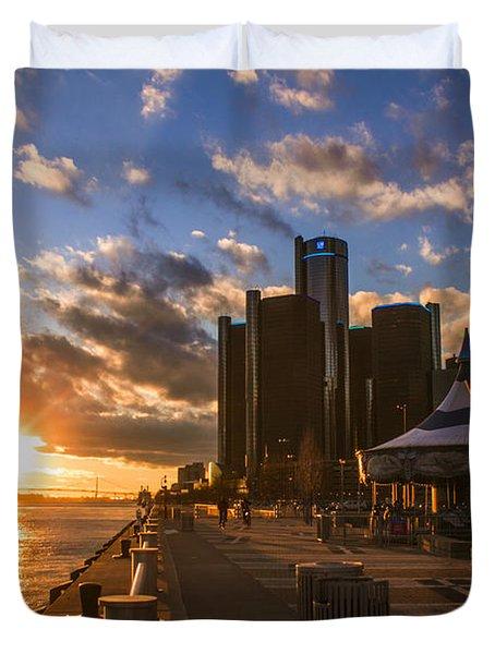 Sunset In Detroit  Duvet Cover by John McGraw