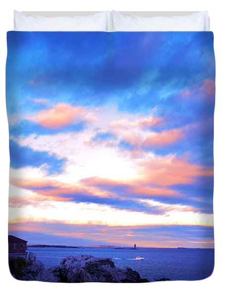 Sunset In Fork Williams Lighthouse Park Portland Maine State Duvet Cover by Paul Ge