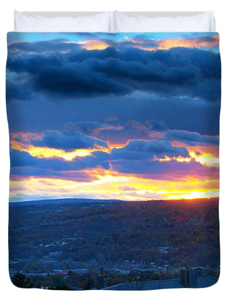 Sunset In Ithaca New York Panoramic Photography Duvet Cover