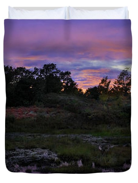 Sunset In Purple Along Highway 7 Duvet Cover