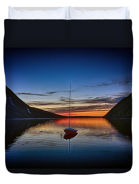 Sunset On Lake Willoughby Duvet Cover by John Haldane