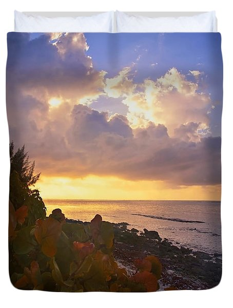 Sunset On Little Cayman Duvet Cover by Stephen Anderson