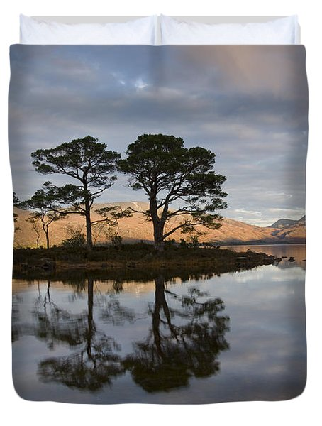 Sunset On Loch Maree And Slioch Duvet Cover