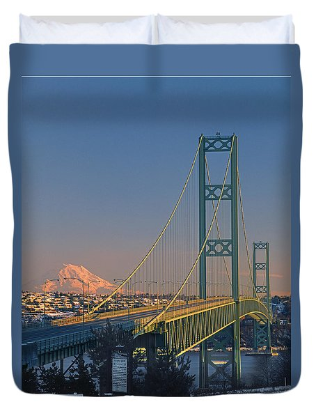 1a4y20-v-sunset On Rainier With The Tacoma Narrows Bridge Duvet Cover