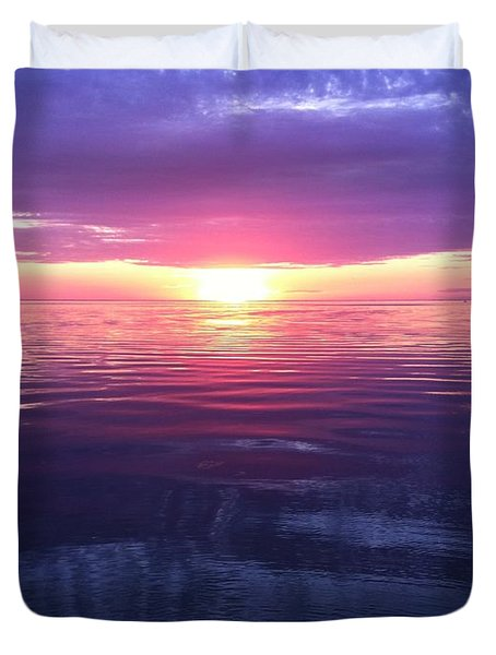 Duvet Cover featuring the photograph Sunset On The Bay by Tiffany Erdman