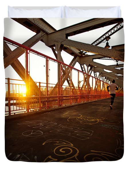 Sunset On The Williamsburg Bridge - New York City Duvet Cover by Vivienne Gucwa