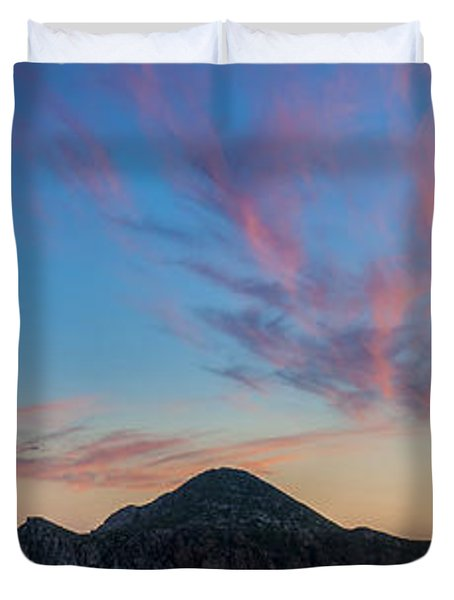 Duvet Cover featuring the photograph Sunset Over Cabo by Sebastian Musial