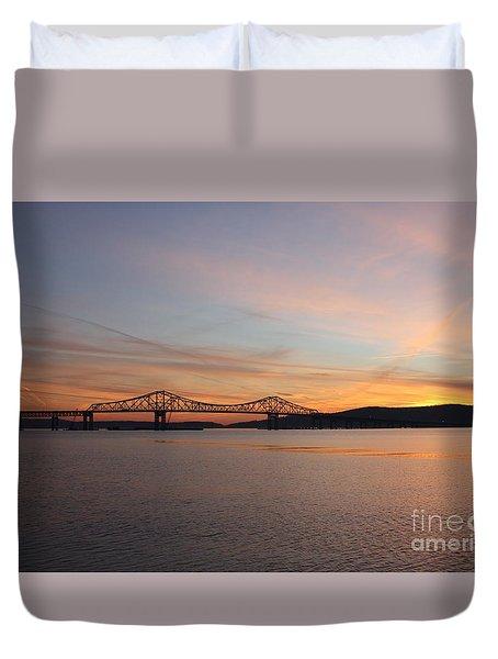 Sunset Over The Tappan Zee Bridge Duvet Cover