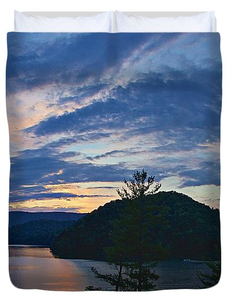 Sunset Pano - Watauga Lake Duvet Cover