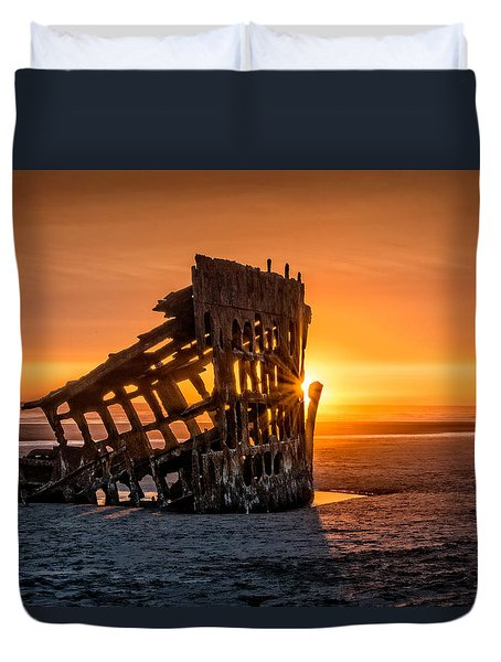 Sunset Peter Iredale Duvet Cover by James Hammond