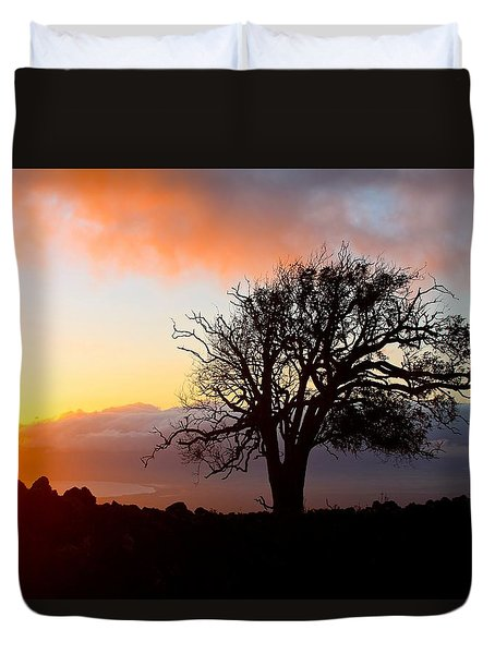 Sunset Tree In Maui Duvet Cover