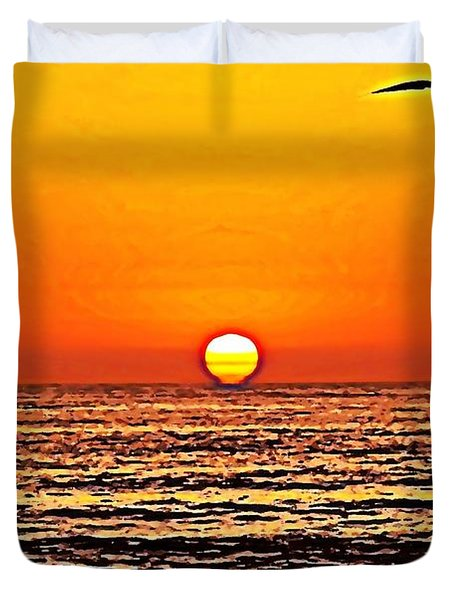 Sunset With Seagull Duvet Cover by Sharon Soberon