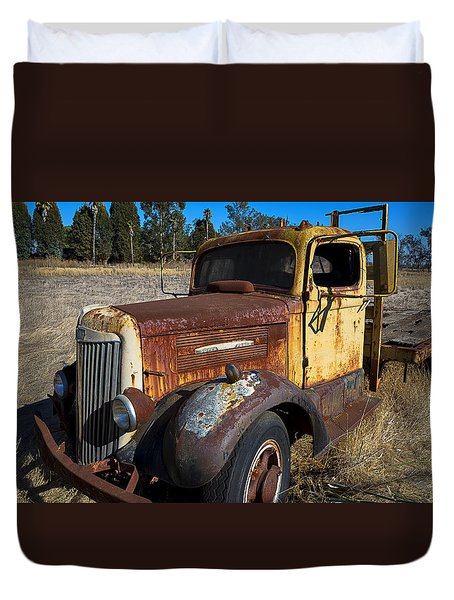 Super White Truck Duvet Cover by Garry Gay