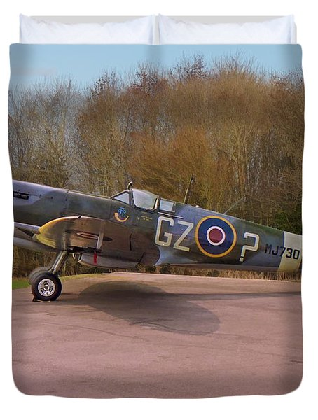 Duvet Cover featuring the photograph Supermarine Spitfire Hf Mk. Ixe Mj730 by Paul Gulliver
