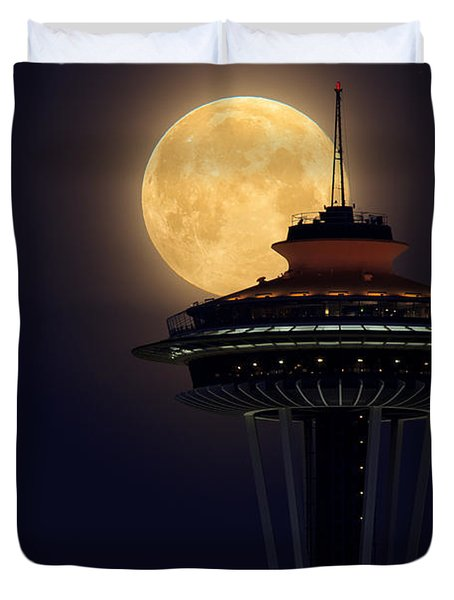 Supermoon 2012 Duvet Cover by Quynh Ton