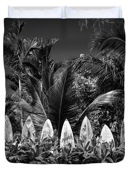 Surf Board Fence Maui Hawaii Black And White Duvet Cover