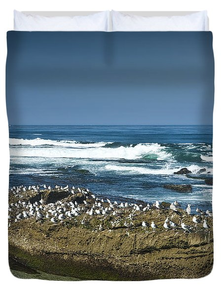 Surf Waves At La Jolla California With Gulls Perched On A Large Rock No. 0194 Duvet Cover