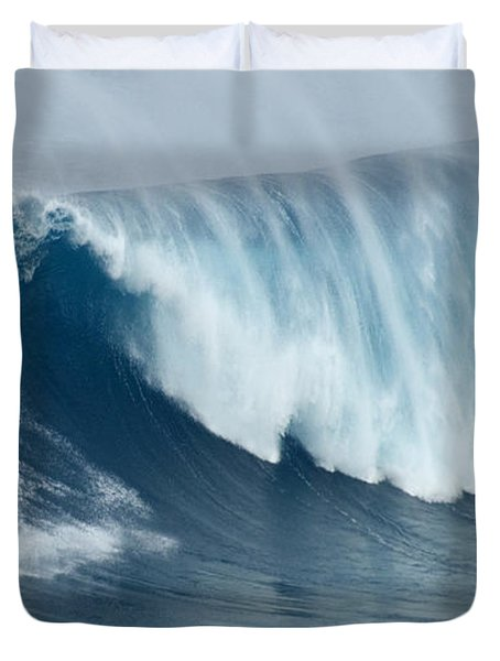 Surfing Jaws 5 Duvet Cover by Bob Christopher