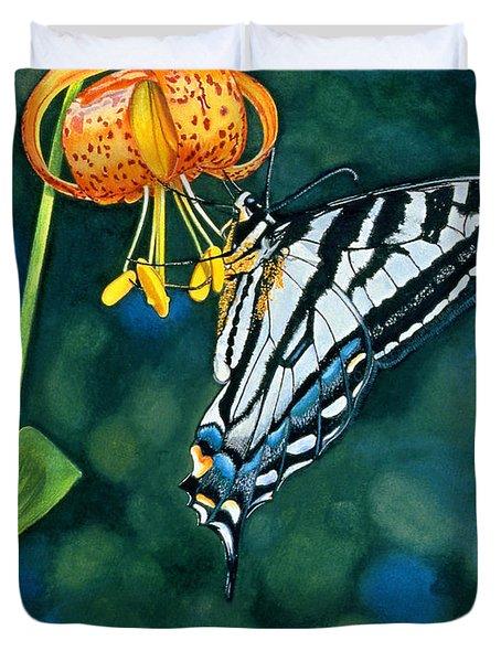 Swallowtail Splendor Duvet Cover