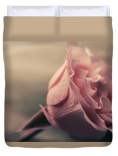 Sweet Blushing Love Duvet Cover by The Art Of Marilyn Ridoutt-Greene