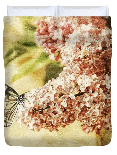 Sweet Lilacs Duvet Cover