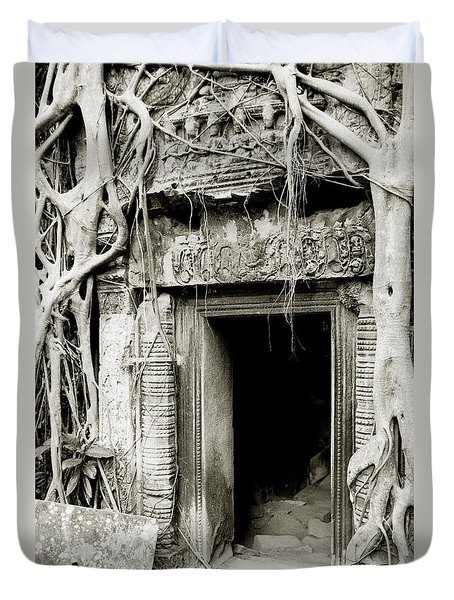 Ta Prohm Doorway Duvet Cover