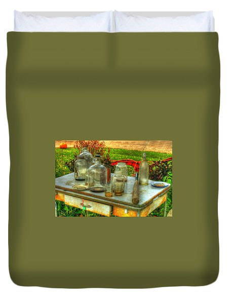 Table Collections Duvet Cover