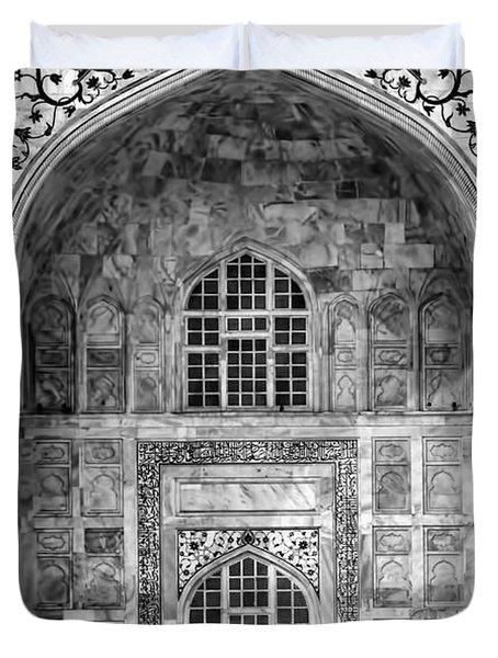 Taj Mahal Close Up In Black And White Duvet Cover