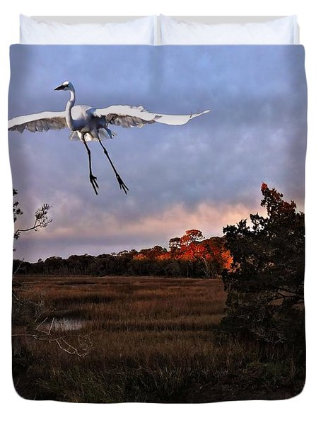 Duvet Cover featuring the photograph Taking Flight by Laura Ragland