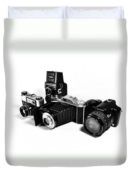 Duvet Cover featuring the photograph Team  by Mariusz Zawadzki
