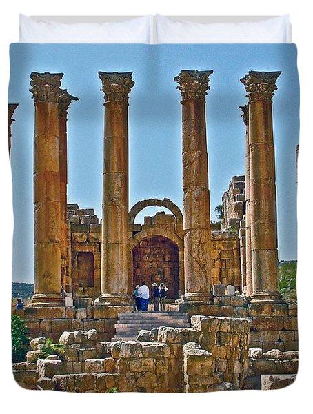 Temple Of Artemis/diana In Greco-roman City Of Jerash In Jordan Duvet Cover