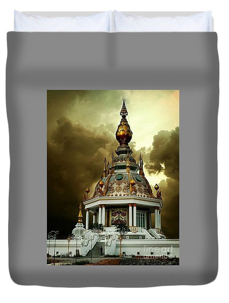 Temple Of Clouds  Duvet Cover by Ian Gledhill
