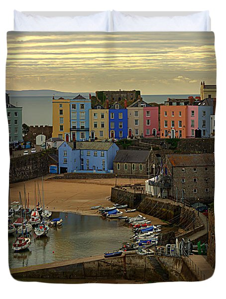 Tenby Harbour In The Morning Duvet Cover